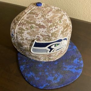 Seattle Seahawks Salute to Service Hat Size 7 1/2